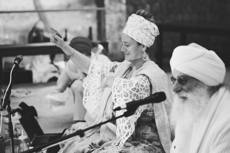 Guru Jagat and Harijiwan black and white